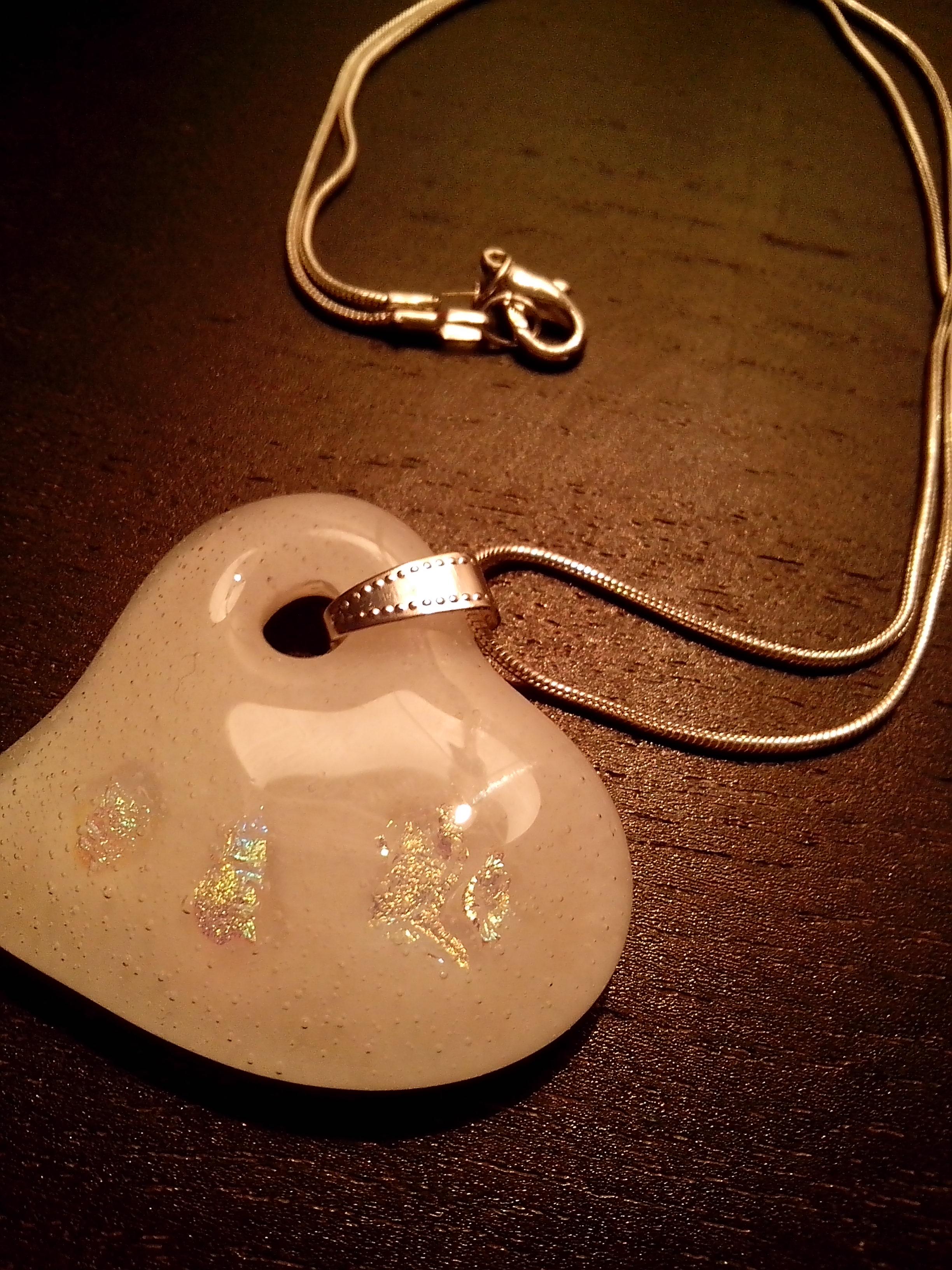 szív üvegmedál